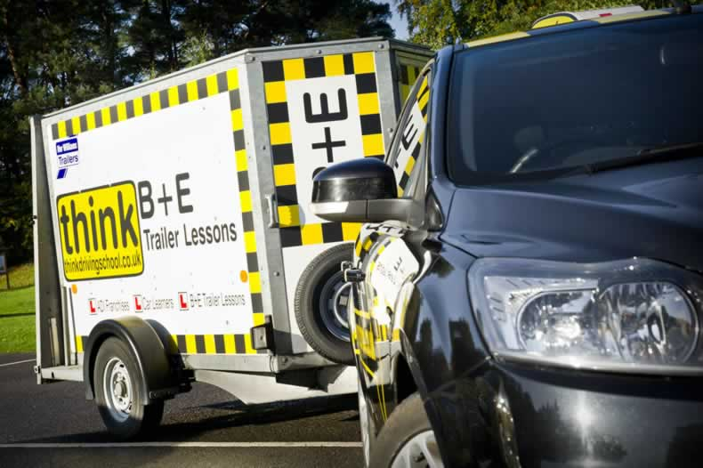 B+E lessons trailer lessons towing lessons Adam Iliffe Revesing trailers in high wycombe
